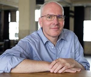"""Experten im Bauprofessor-Gespräch: Bau-Mediator Frank Hartung – """"Verhandeln statt Streiten"""""""