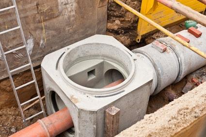 Dimensionsänderung in Abwasserkontrollschacht