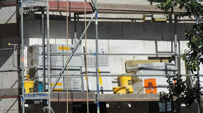 Fassadendämmung mit Mineralwolle- und Polystyrol-Dämmplatten