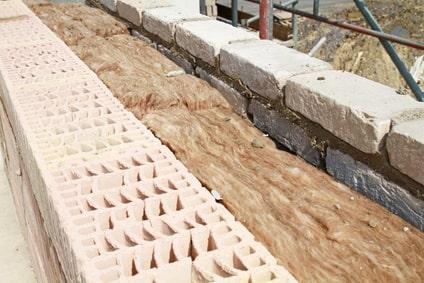 Zweischaliges Mauerwerk mit Kerndämmung aus Mineralwolle