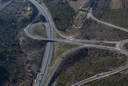Anpflanzungen als Sicherungsbauweise an neuer Autobahn
